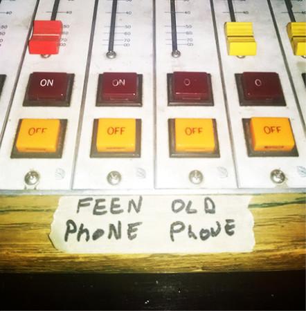 FeenPhone-OldPhone1